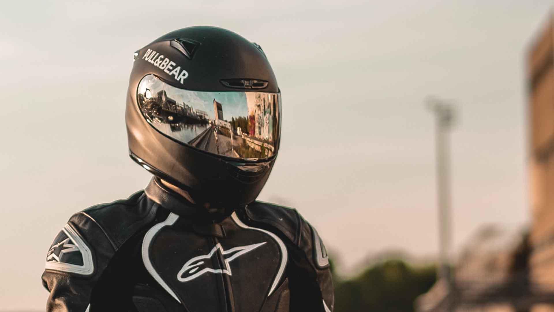 best motorcycle helmets v2